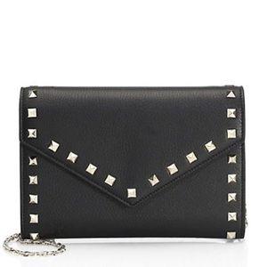 Valentino🌼NEW Rockstud wallet on chain